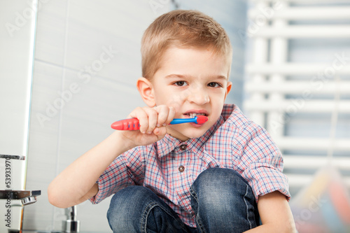 five year old child brushing