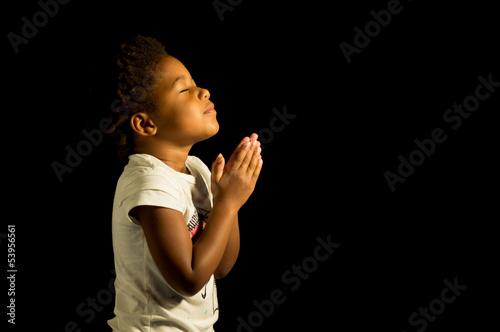 Leinwanddruck Bild Praying African American Girl
