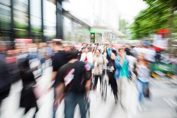 Einkaufsstraße mit Zoom-Effekt