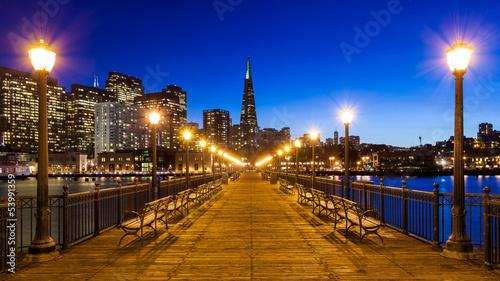 Fotobehang San Francisco Pier 7 in San Francisco
