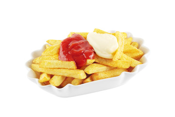 Pommes mit Ketchup und Mayonnaise