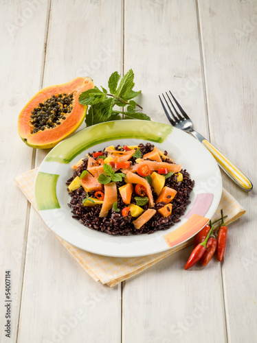 black rice with papaya and smoked salmon