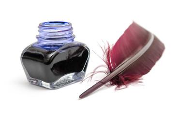 Tintenfass und Schreibfeder