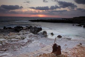 Costa siciliana al tramonto