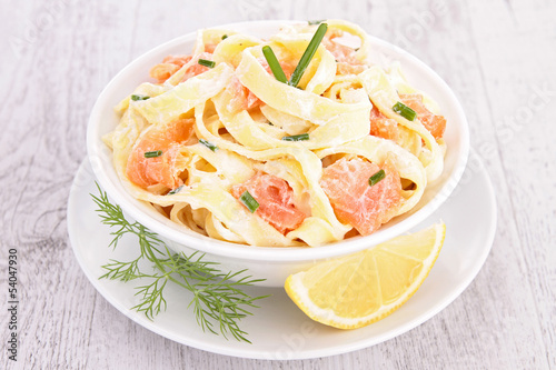 pasta with cream and salmon