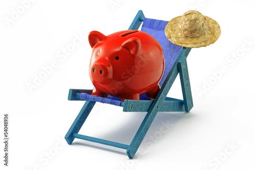 sparschwein mit sonnenliege