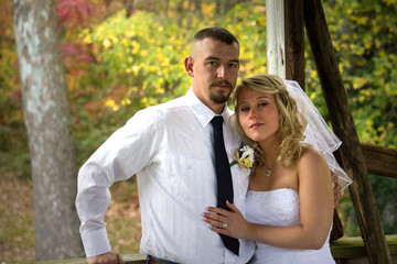 Bride and Groom Fall Colors