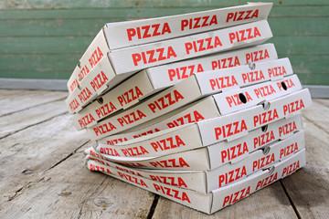 Pizzaschachteln, q.