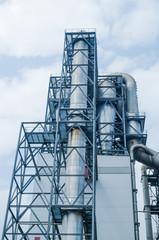 Industrieanlage, Rohre - Verbrennung