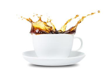 Kaffee Splash vor weiß