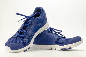 blaue Laufschuhe