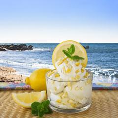Sorbete de limón, helado.