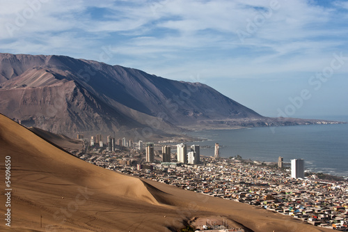 Iquique behind a huge dune, northern Chile - 54096550