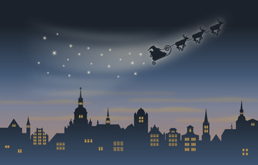 Weihnachtsmann und Rentierschlitten über einer Stadtkulisse