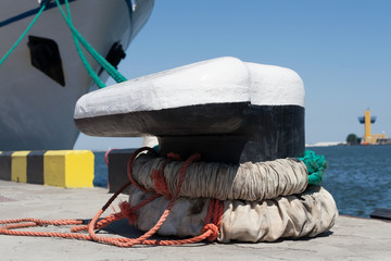 pier mooring equipment