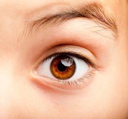 ittle girl eye