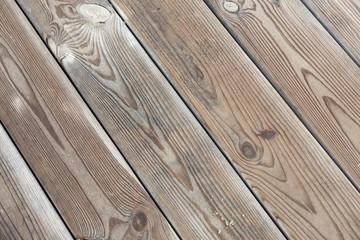 Tavole di legno oblique