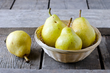 Fresh pears in a basket