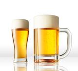 白背景のビール