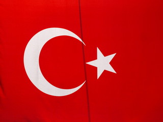 Türkische Flagge im Wind