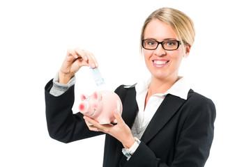 Geld sparen, Frau mit Sparschwein