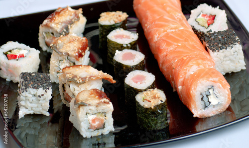 sushi on black plate - 54200758