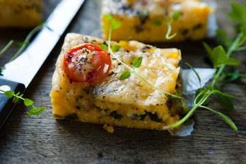 polenta with tomato and cheese
