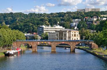 Saarbrücken, Saarland - Alte Brücke mit Landtag und Saar