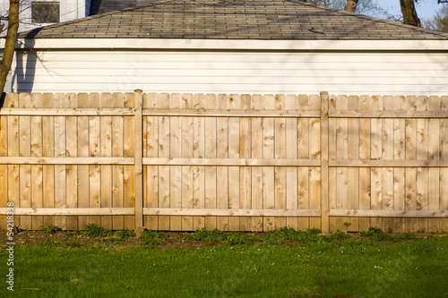 wooden fence - 54218338