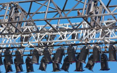 rampe d'éclairage scène de théâtre en plein-air