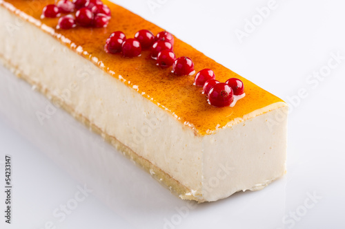 Long lemon mousse cake