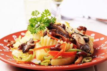 Potato and mushroom salad