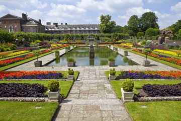 The Sunken Garden and Kensington Palace