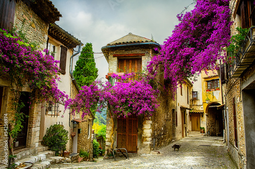 Leinwanddruck Bild art beautiful old town of Provence