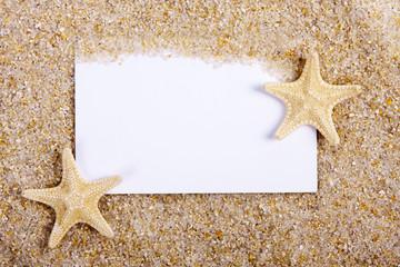 fondo de arena de la playa con tarjeta