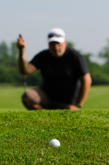 golfspieler auf dem golfplatz