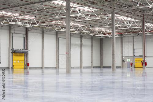 Leinwanddruck Bild Modern, Brand New Storehouse