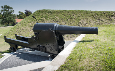 biggest canon in europe outside