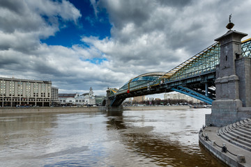Bogdan Khmelnitsky Bridge and Kievsky Railway Station in Moscow,