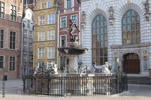 Neptune's Fountain in Gdansk, Poland © Jakub Krechowicz
