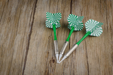 Three arrows darts