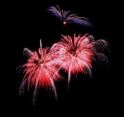Großfeuerwerk, Polypenbomben rot silber