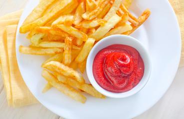 potato fries with sauce