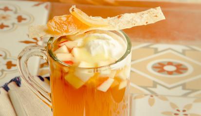 apple tea with  ice-cream