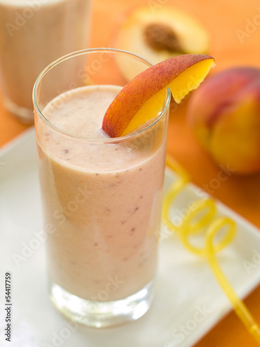 Leinwandbild Motiv Peach smoothie