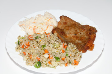 Brown rice with fisch and vegetable