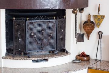 Angle chimney living room
