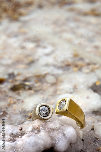 Ring on Salty Rock