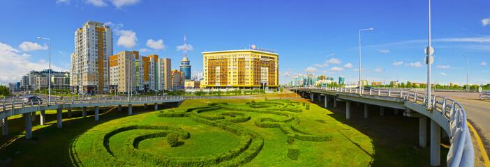 Астана, вид с моста на левый берег