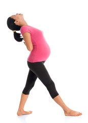 Asian pregnant woman doing exercise